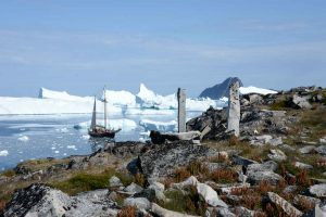 Sailing adventure Greenland